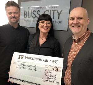 Spendenübergabe bei Bliss City am 16.01.2020 (Patrick Haas, Regina Schwendemann und Martin Spirgatis)